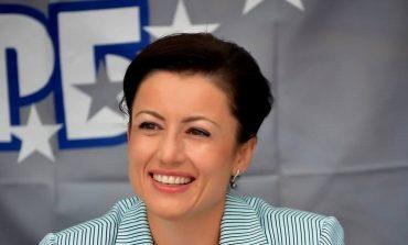 Новогодишен поздрав от министър Десислава Танева