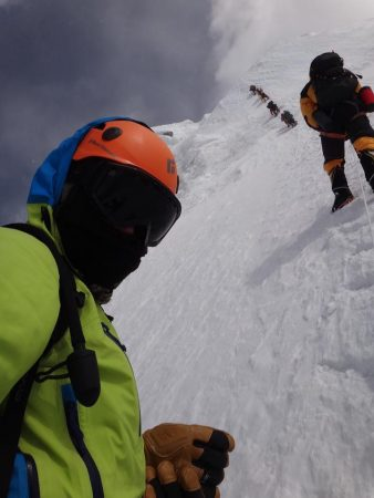 Наско Скатов изкачи третият по височина връх в света!