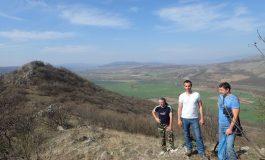 Археолози ще копаят край две сливенски села