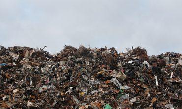 Продължава почистването на районите с изхвърлени животински отпадъци