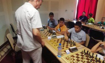 Над 70 деца участваха в шахматния фестивал в Сливен