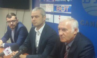 Николай Кадирев влиза в политиката, кандидатира се за кмет и съветник