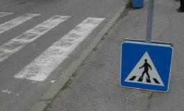 Пътни полицаи следят пешеходци и шофьори с телефони в Сливен
