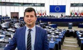 Асим Адемов, евродепутат: Европа подкрепя Стефан Радев