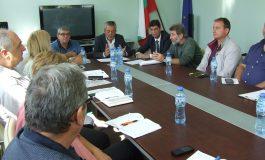 Забраниха лова и сечта на 200 кв. км около Сливен заради чума по свинете