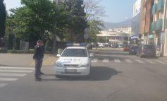 Полиция в двата края на ларгото заради сигнал за бомба и бюлетините