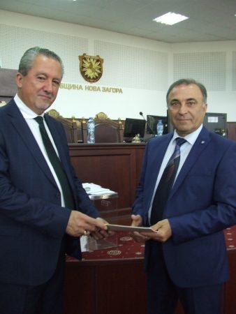 Новоизбраните управници на Нова Загора встъпиха в длъжност