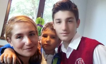 Красимира Лефтерова, която спаси трите си прасета, съди Агенцията по храните