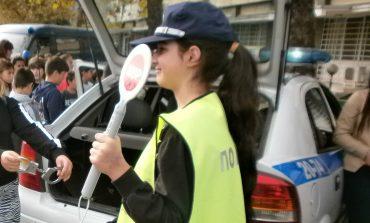 250 сливенски деца станаха полицаи за един ден