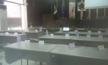 Сливенски съветници дарили пари на болницата, други обмислят
