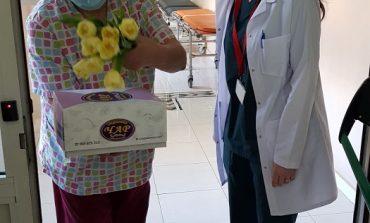 Кандидатите за народни представители от ГЕРБ поздравиха персонала на COVID-отделенията за 8 март