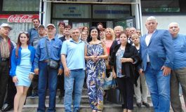"""БСП-Сливен представи част от предизборната си платформа в кв. """"Сини камъни"""""""