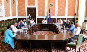 """Кметът поиска от депутатите да помогнат за подмяна на водопровода в """"Речица"""""""