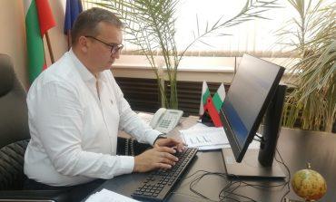 Областната администрация в Сливен се преброи електронно
