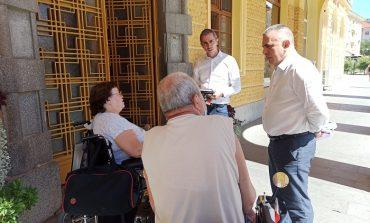 Хора с увреждания питат кмета как да се движат из Сливен