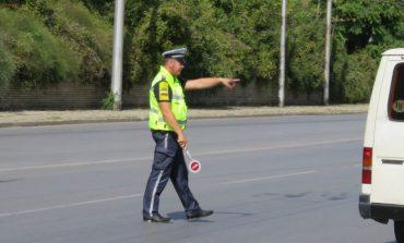 Близо 200 нарушения на ден по пътищата в Сливенско
