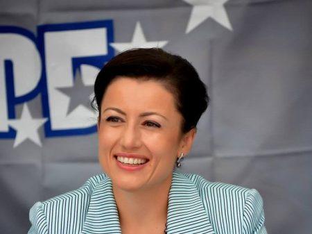 Министър Танева ще даде старт на жътвата в Сливенско