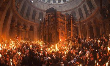 Велика Събота идва с чудото на Благодатния огън