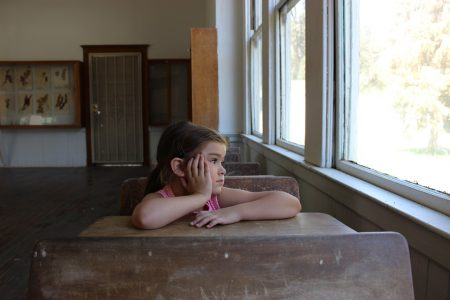 Близо 400 незаети места за първокласници в община Сливен
