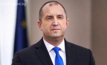 Президентът налага вето върху закона за извънредното положение