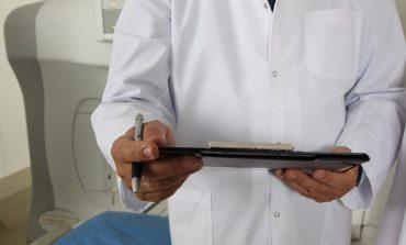 Лекарският съюз призовава за затваряне на молове, ясли и градини
