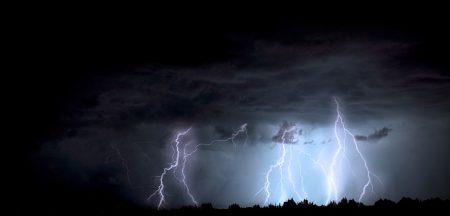 Предупреждение за валежи и гръмотевици в Сливен