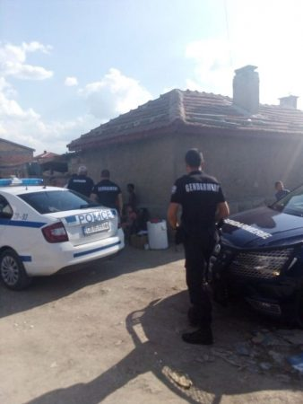 Полиция и жандармерия иззеха марихуана в Желю войвода
