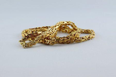 Задържаха 18-годишен за кражба на злато в Желю войвода