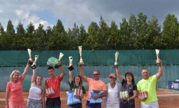 Под патронажа на министър Десислава Танева, в Сливен се проведе тенис турнир за любители