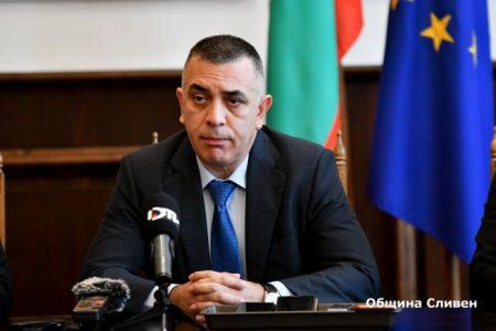 "Стефан Радев иска алтернатива за велоалеята по бул. ""Г. Данчев"""