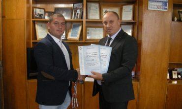 Новозагорски полицаи с медали от републиканското по карате за служители на МВР