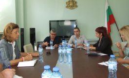 Слагат капани за диви прасета в Сливенския балкан