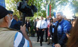 Бойко Борисов посети изложението на животни край Сливен