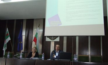 Представители на ЦИК проведоха обучение на Общинските избирателни комисии