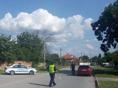 25 проверени автомобила и 17 нарушения за 2 часа в Сливенско