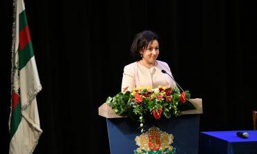 Министър Танева: Храна имаме за 2 години напред, място за паника няма