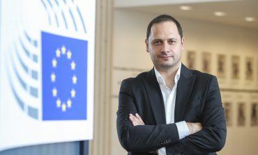 Евродепутатът Петър Витанов: Забравихте ли кой запълни окопите на Лечков?