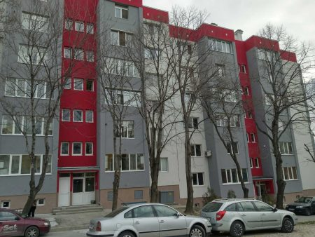 Още един саниран блок в Сливен
