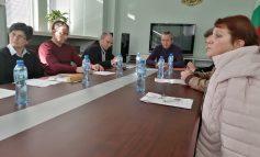 Засилва се контролът срещу безнадзорното движение на животни в Сливенско
