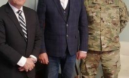 Представители на армията на САЩ се срещнаха с областния управител
