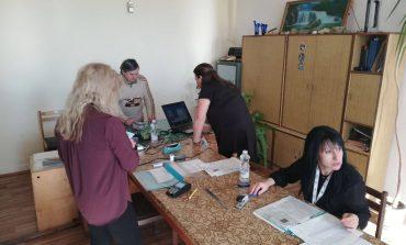 Сливенски военни подадоха организирано документи за нови лични карти