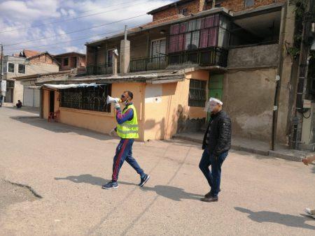 """160 семейства под карантина в """"Надежда"""". Полиция и доброволци въвеждат ред"""