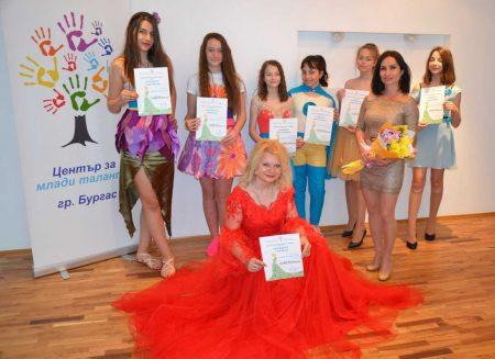 Как момиче от Бургас сбъдна мечтата си в сливенска гимназия