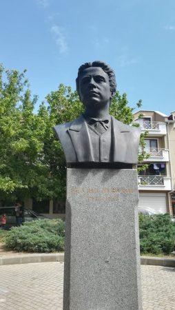 Докога ще почитаме подвига на Левски и Освобождението на Сливен на грешни дати?!