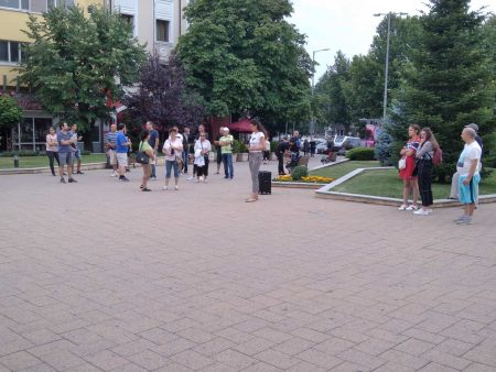 "20 на протеста: Ако пропуснем понеделник, ще ""изстинем"" /снимки и видео/"