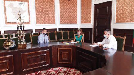 Първи приемен ден на кмета Радев и заместниците му след началото на пандемията