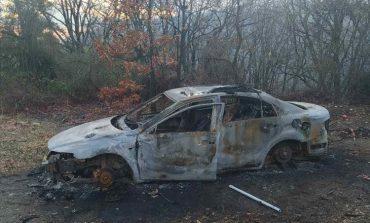 Разкриха момчешка банда, обирала автомобили и подпалила кола край Сливен
