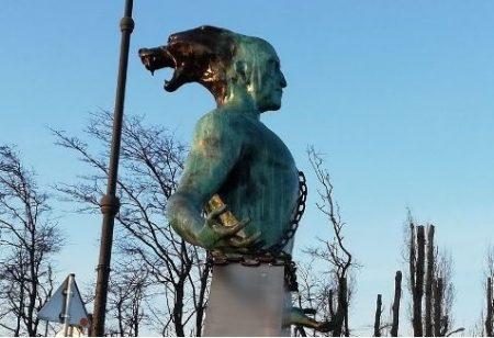 Митрополит Иоаникий настоя да се премахне паметникът на Боян Мага