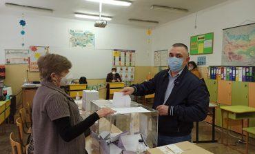 Кметът Стефан Радев: Гласувах да продължи икономическото развитие на България