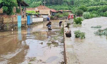 Над 200 къщи са пострадали при наводнението в Котел